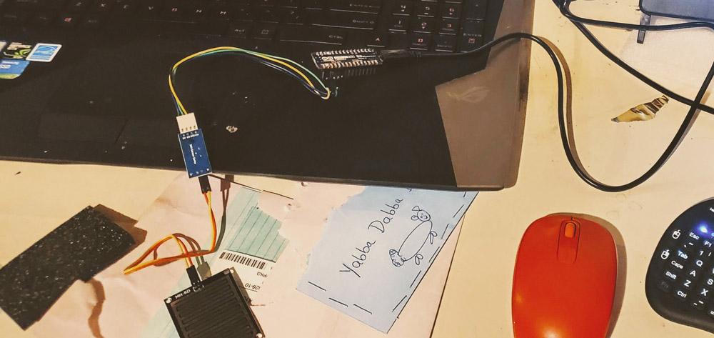 Arduino Nano 33 BLE Sense with rain gauge
